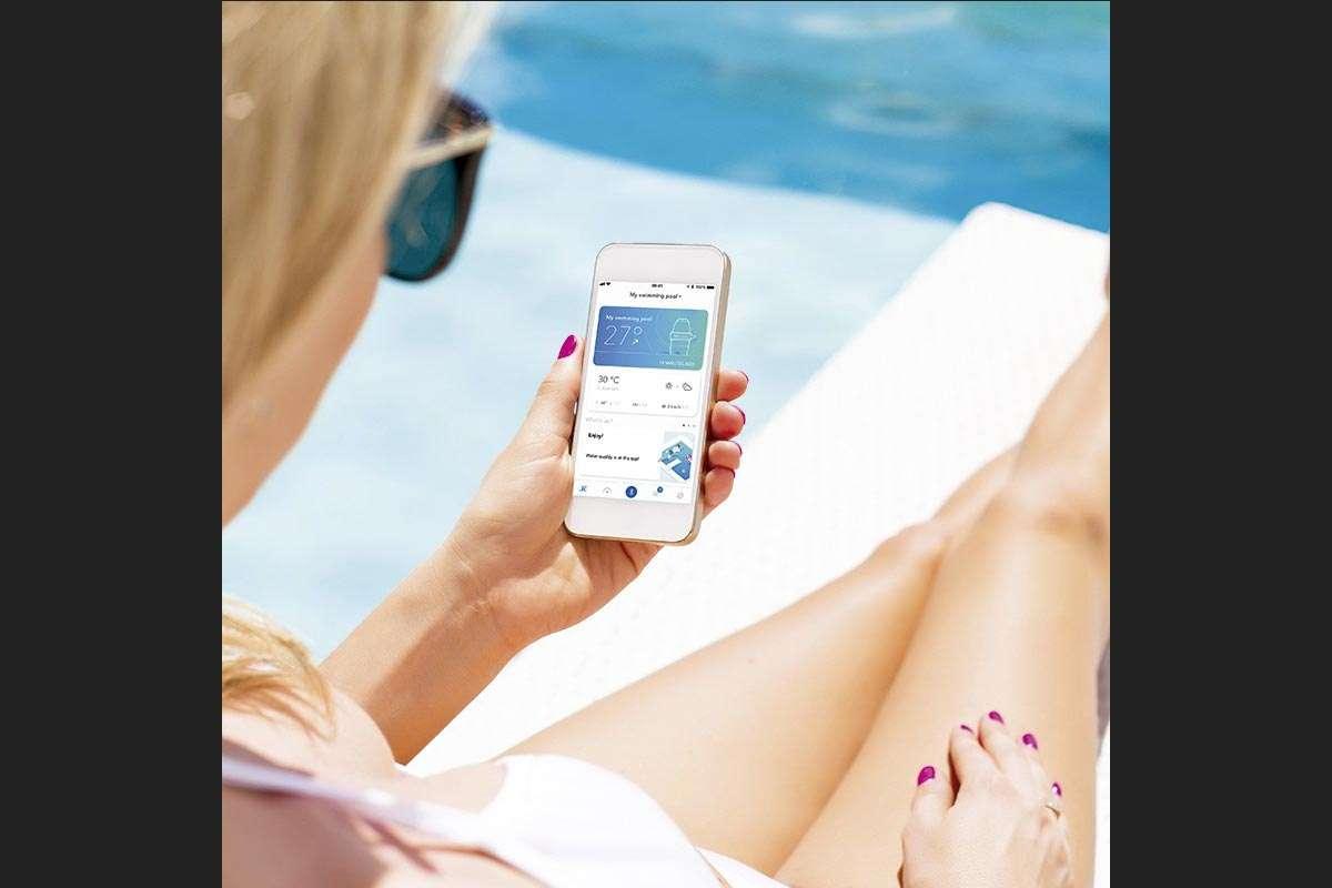 Analitzador d'aigua Blue Connect per a piscines, Espai Piscines Graf, Manteniment d'una piscina
